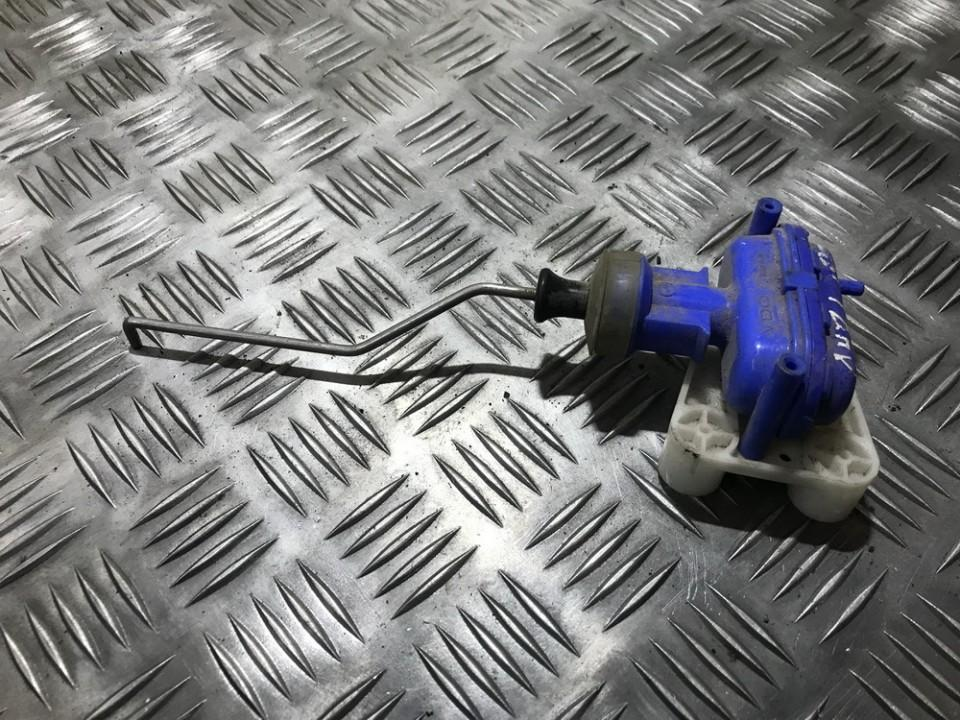 Duru uzrakto vakuumine pompele used used Audi 80 1988 1.8