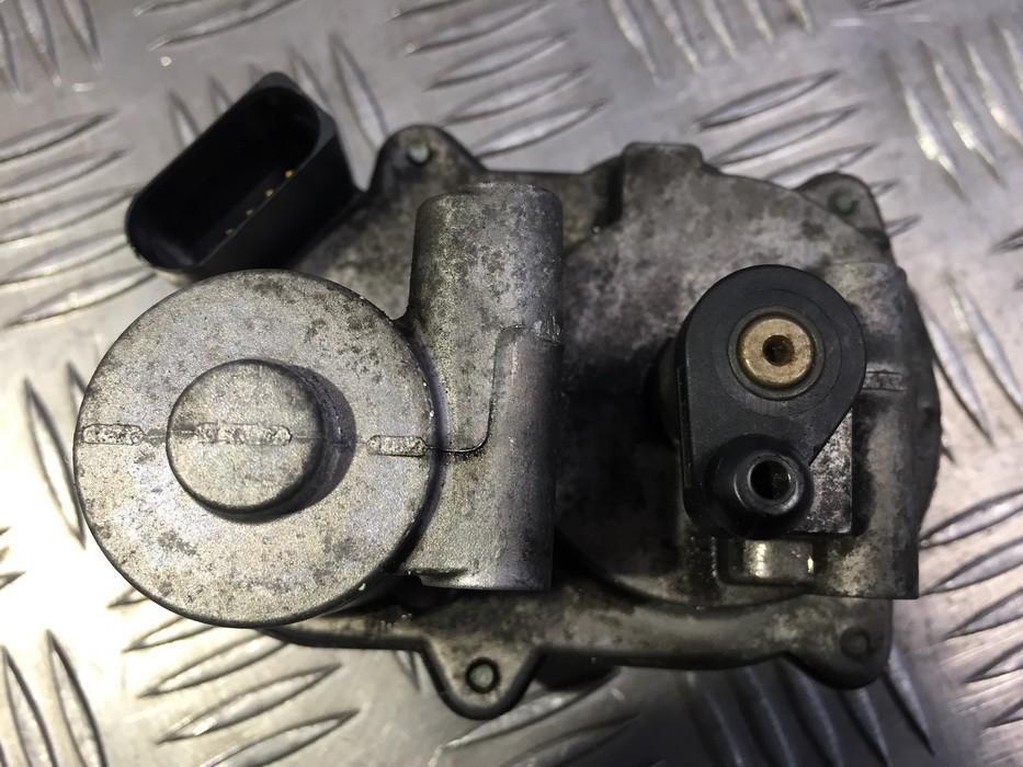 Droselines sklendes valdymo varikliukas Volkswagen Passat 2008    2.0 1042390S01