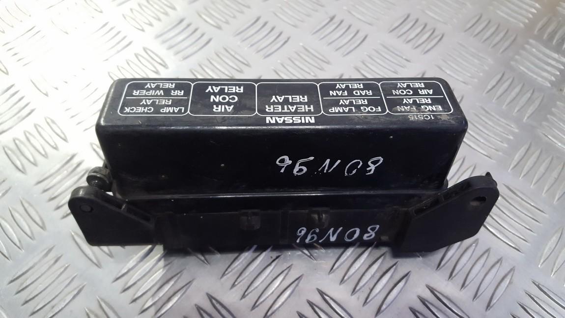 pr00700000 pr007-00000 fuse box nissan serena 1996 2 3l 11eur eis00346189