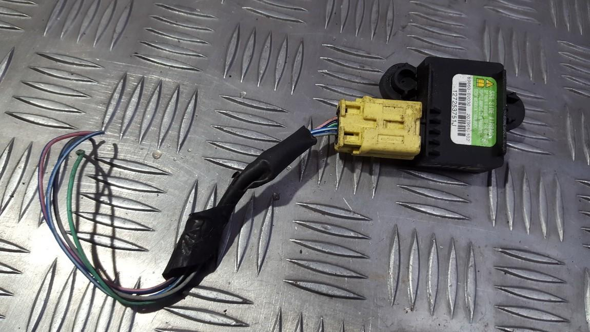 Srs Airbag crash sensor 8986002030 89860-02030 Toyota COROLLA 2003 2.0
