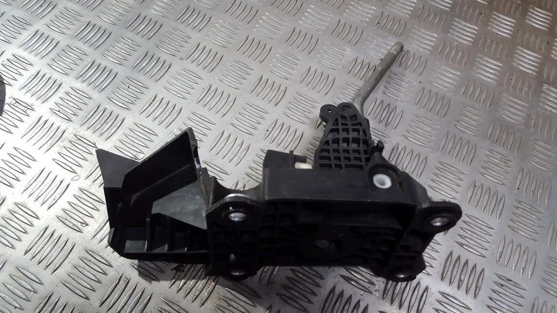 Begiu perjungimo kulisa mechanine 4m5r7c453 4m5r-7c453db Ford FOCUS 2005 1.6