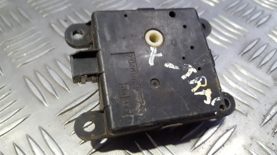 Peciuko sklendes varikliukas 3J01030820 USED Nissan X-TRAIL 2004 2.2