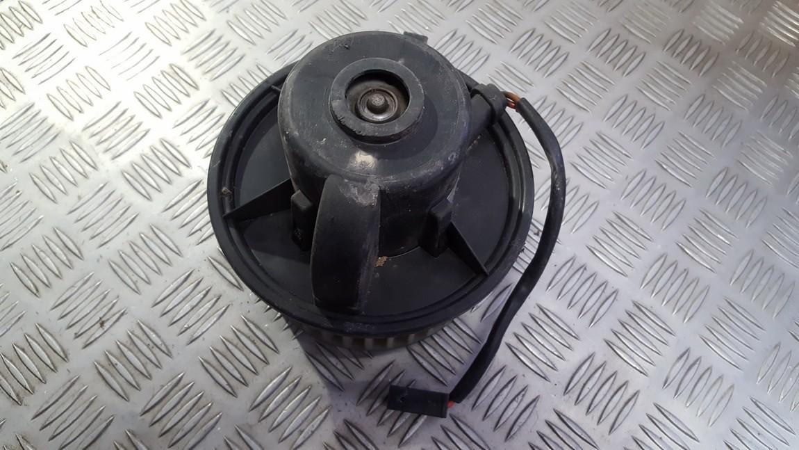 Salono ventiliatorius 893819021 lg73a3083759 Volkswagen PASSAT 1992 1.9
