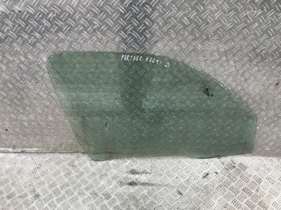 Duru stiklas P.D. used used Peugeot PARTNER 2002 1.9