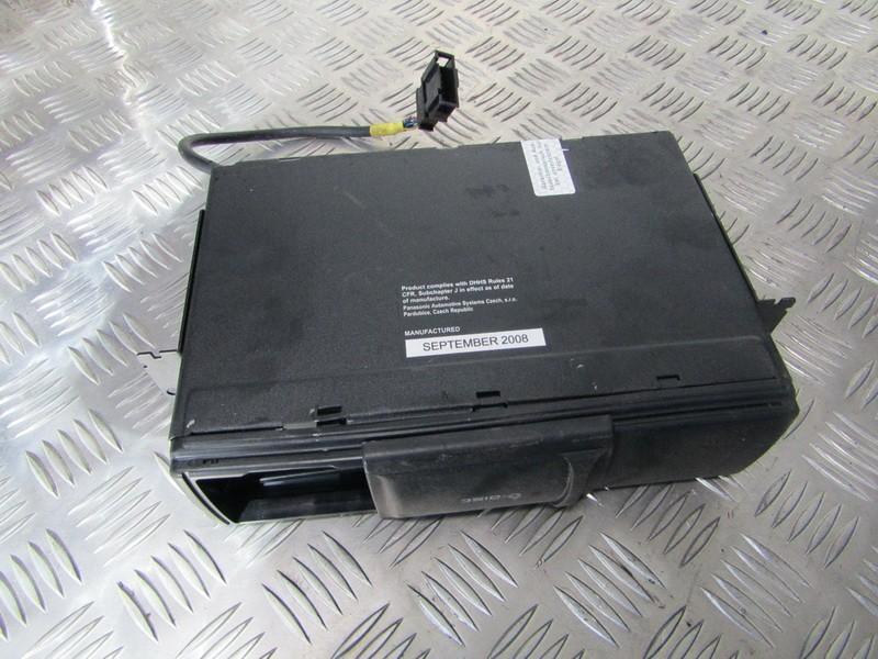 CD changers 1J6035111 3671223 Seat TOLEDO 1996 1.9