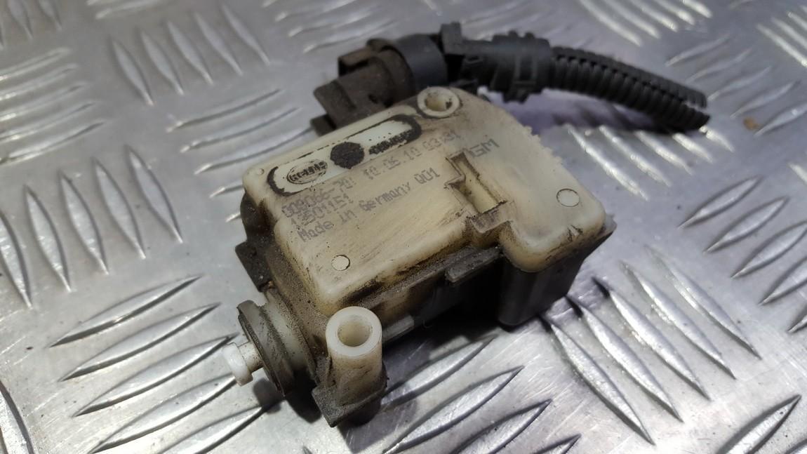 Kuro bako dangtelio varikliukas (uzrakto varikliukas) 13501151 USED Opel INSIGNIA 2013 1.8