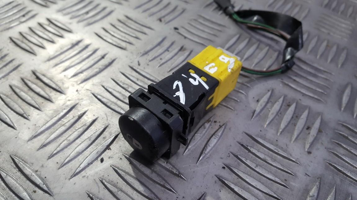 Duru uzrakto mygtukas 9631719177 USED Citroen XSARA PICASSO 2000 2.0