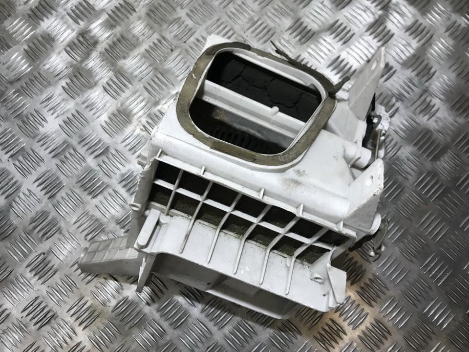 Peciuko korpusas Mitsubishi 3000 GT 1998    0.0 1162008741