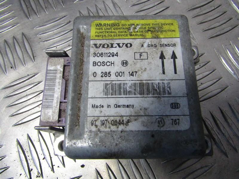 SRS AIRBAG KOMPIUTERIS - ORO PAGALVIU VALDYMO BLOKAS 30611294 0285001147, 971970044F Volvo V40 1998 1.9