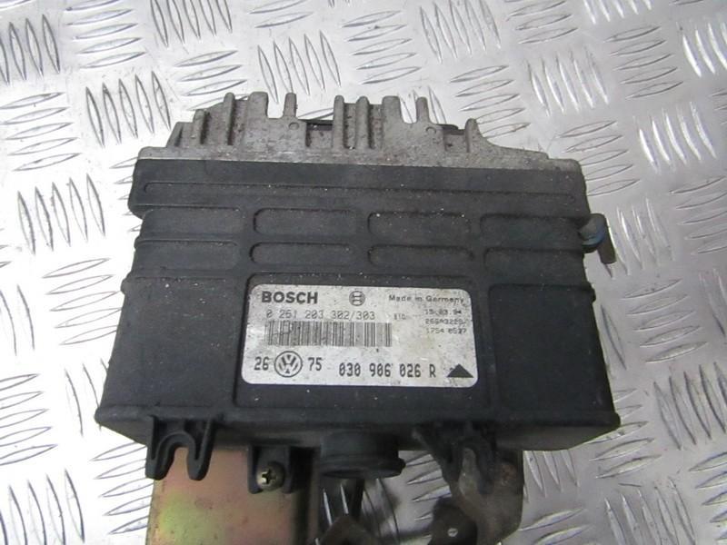 ECU Engine Computer (Engine Control Unit) 0261203302 0261203303, 030906026r Volkswagen GOLF 1999 1.9