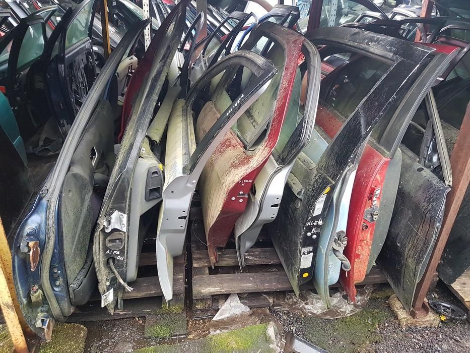 Durys P.K. sidabrines used Alfa-Romeo 166 2002 2.4