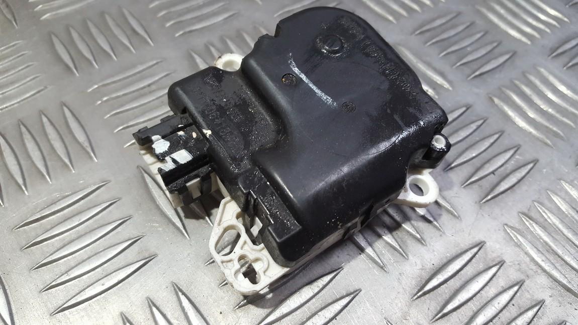 Peciuko sklendes varikliukas VP5NEH19E616DB VP5NEH-19E616-DB Nissan NAVARA 2003 2.5