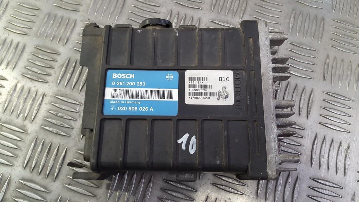 Variklio kompiuteris 0261200253 030906026A Volkswagen POLO 2002 1.4