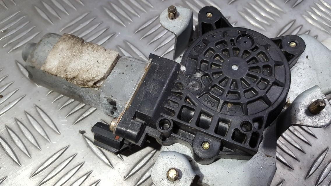 Моторчик стеклоподъемника - задний левый USED USED SsangYong KYRON 2005 2.0