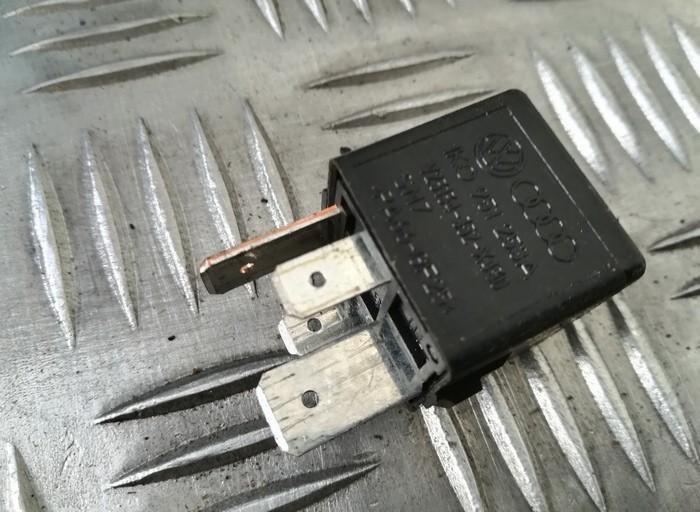 Relay module 1K0951253A V23134-352-X430, V23134352X430 Volkswagen GOLF 1999 1.9
