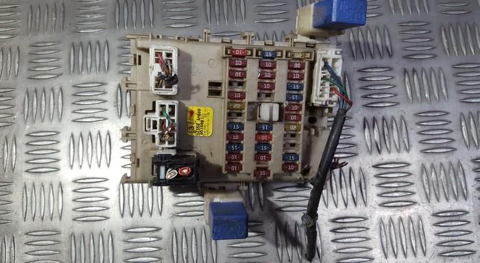 Блок предохранителей 243504M600 0516001 Nissan ALMERA 1995 1.6