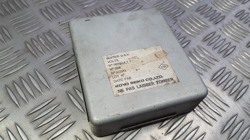 Steering Module (STEERING WHEEL CONTROL ECU) Renault Clio 2006    0.0 USED