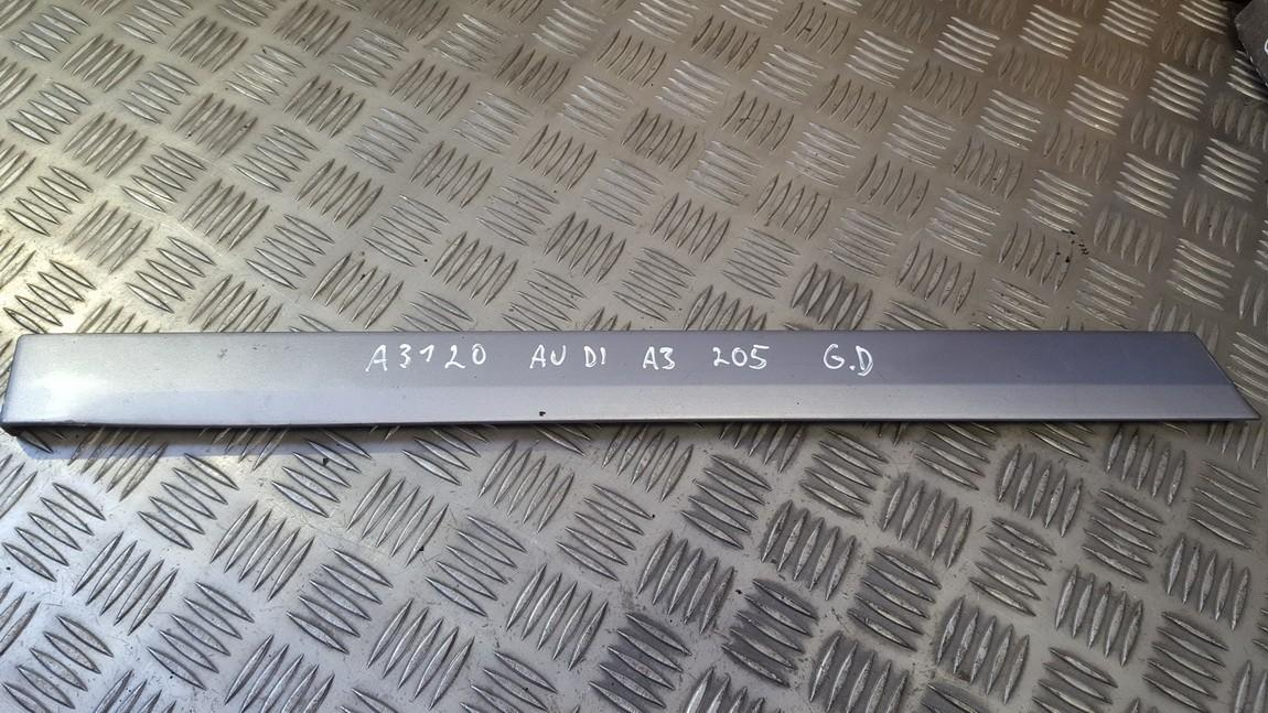 Slenkscio moldingas galinis Audi A3 2005    1.9 8p3853700b