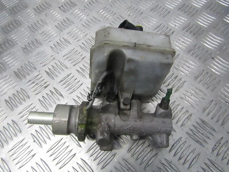 Цилиндр тормозной главный 7700314756a used Renault MASTER 2001 2.8