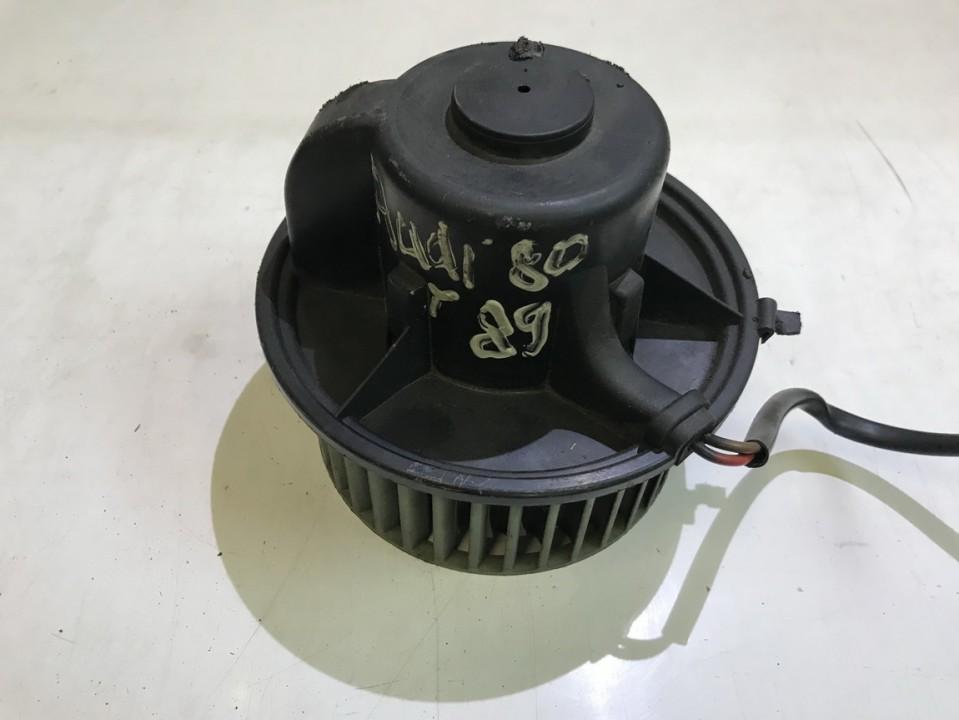 Audi  80 Salono ventiliatorius