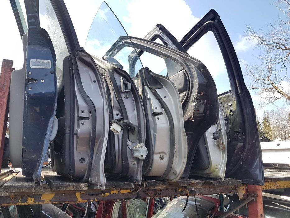 Nissan  Maxima Doors - front right side