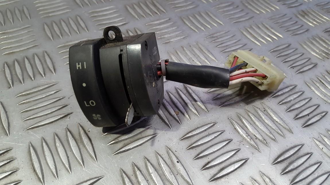 Salono oro ventiliatoriaus mygtukas 979833axxx 97983-3axxx Hyundai TRAJET 2002 2.0