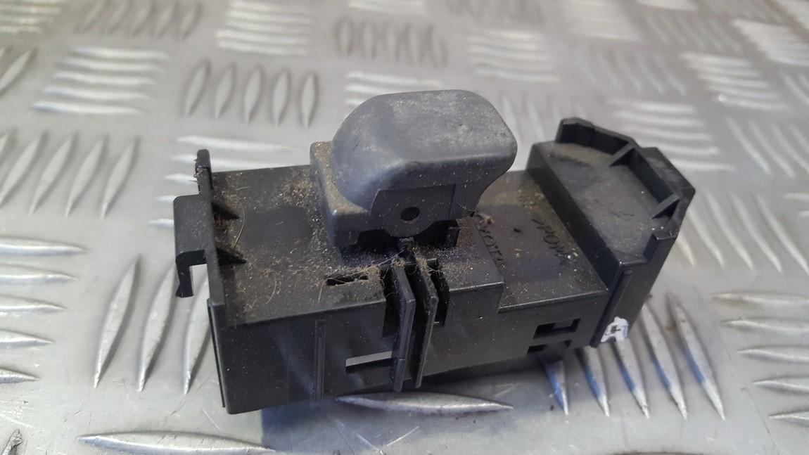 Stiklo valdymo mygtukas (lango pakeliko mygtukai) EP262430 EP2-624-30 Toyota PRIUS 2008 1.5