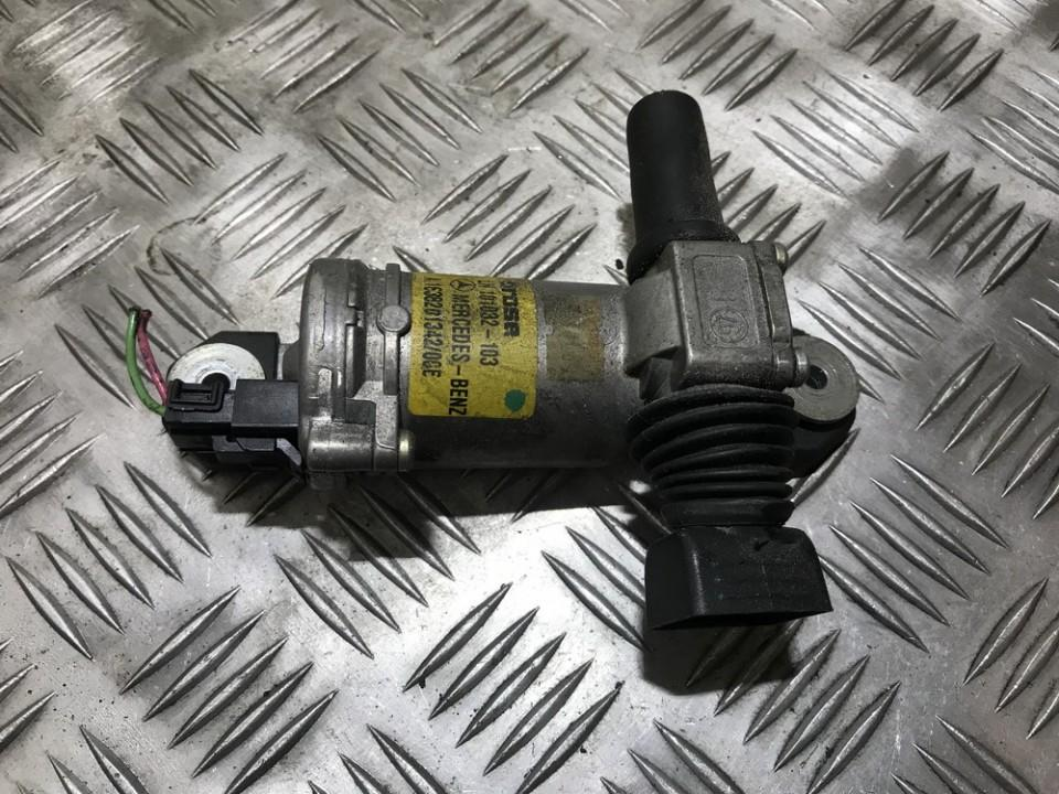 Моторчик открывания кузовного стекла a1638201342 used Mercedes-Benz ML-CLASS 2002 2.7