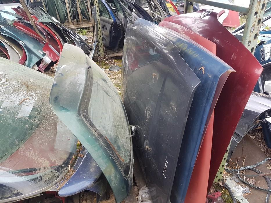 Kapotas (Variklio dangtis) raudonas used Lancia Y 1998 1.2