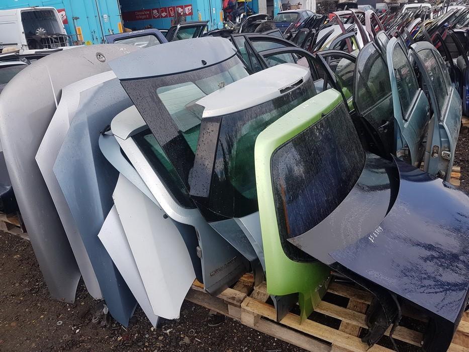 Seat  Altea Rear hood