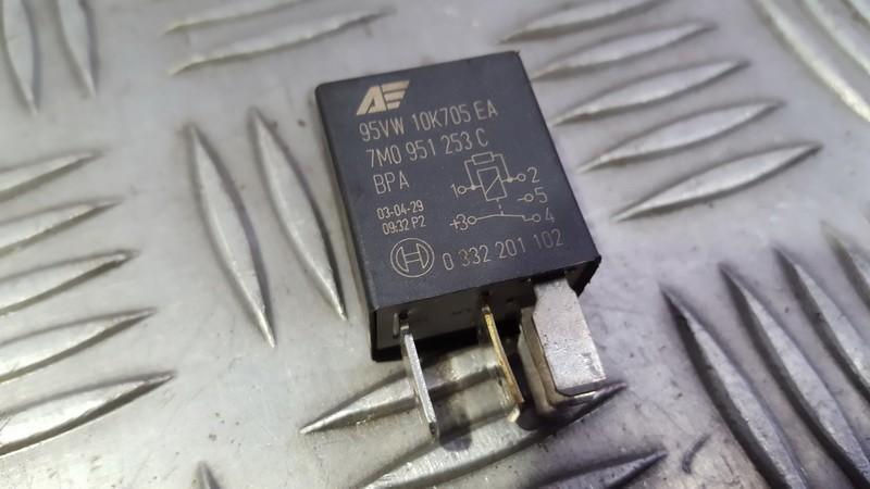 Relay module 95VW10K705EA 7M0951253C Audi A6 1998 2.5