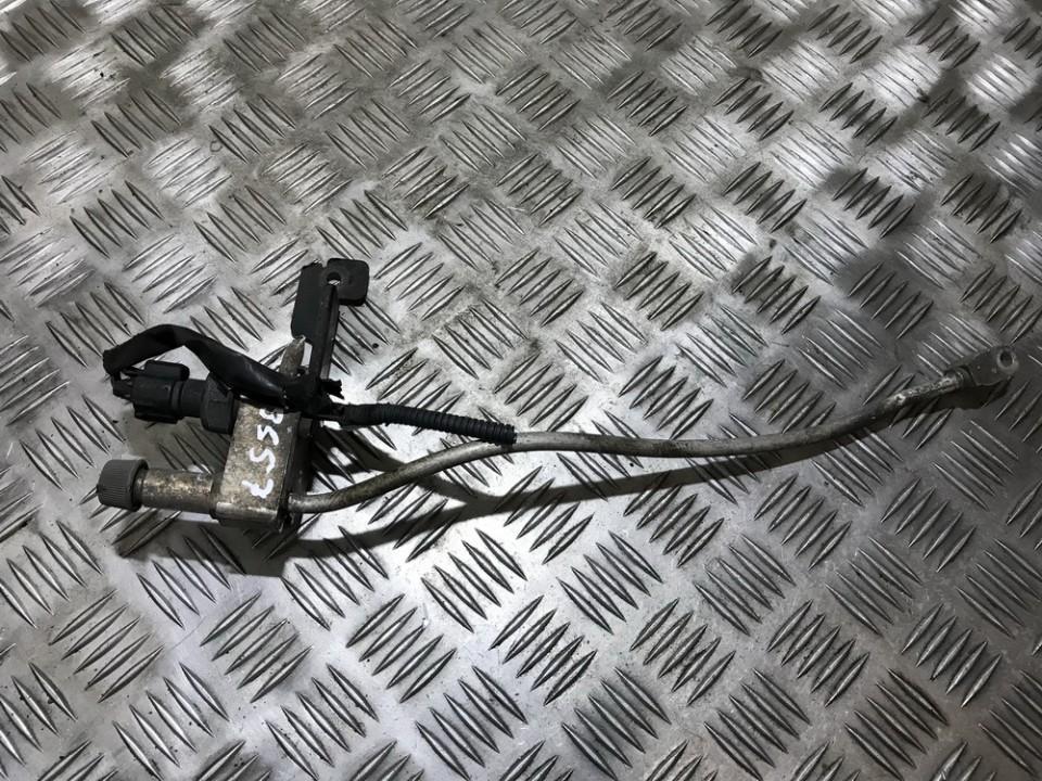 Kondicionieriaus vamzdelis-slanga used used Toyota AVENSIS 2006 2.0