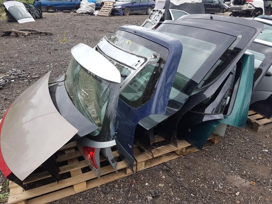 Galinis dangtis G (kapotas) juodas used Nissan PRIMERA 1993 2.0