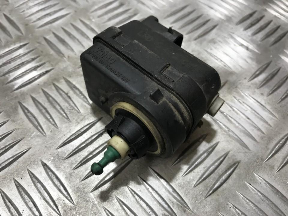 Zibinto aukscio reguliatorius (korektorius) used used Renault ESPACE 1992 2.8