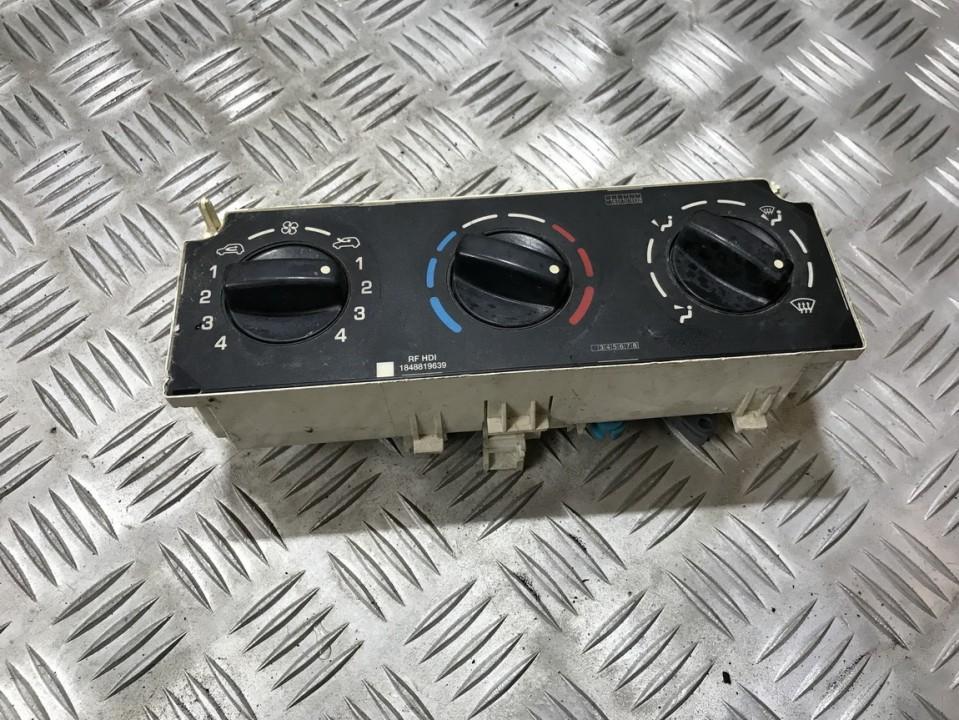 Peciuko valdymas 1848819639 used Peugeot PARTNER 2004 2.0