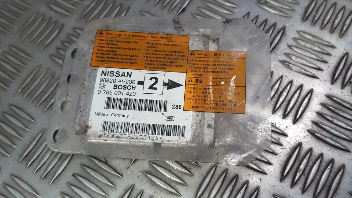 SRS AIRBAG KOMPIUTERIS - ORO PAGALVIU VALDYMO BLOKAS 98820av200 0285001420 Nissan PRIMERA 1998 2.0
