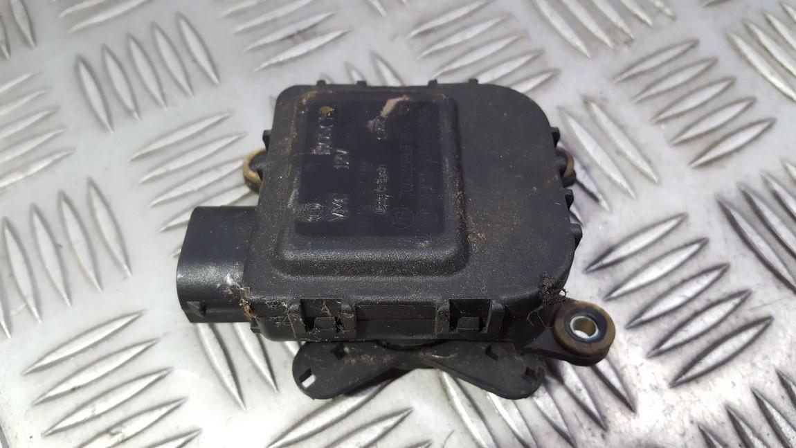 Volkswagen  Passat Peciuko sklendes varikliukas