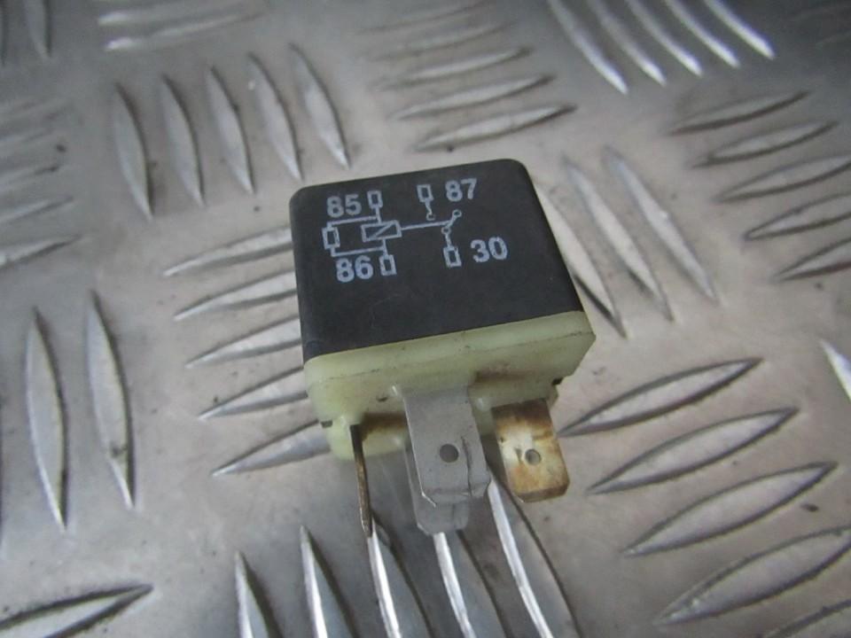 Rele 141951253b used Volkswagen GOLF 1998 1.9