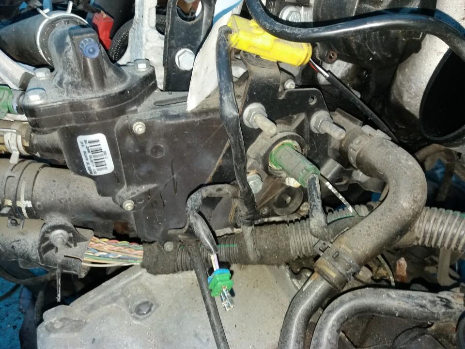 Termostato korpusas 9643211880   Peugeot PARTNER 2004 1.9