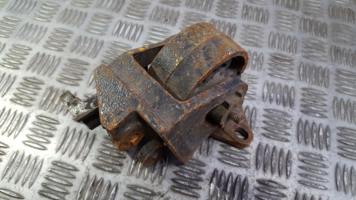 Variklio pagalves bei Greiciu dezes pagalves 93BB6P092CE 93BB-6P092-CE Ford MONDEO 1997 1.8