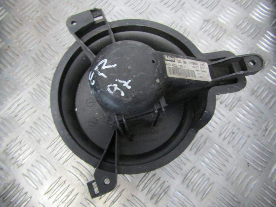 Salono ventiliatorius 030666p m49030668q Peugeot PARTNER 2002 1.9