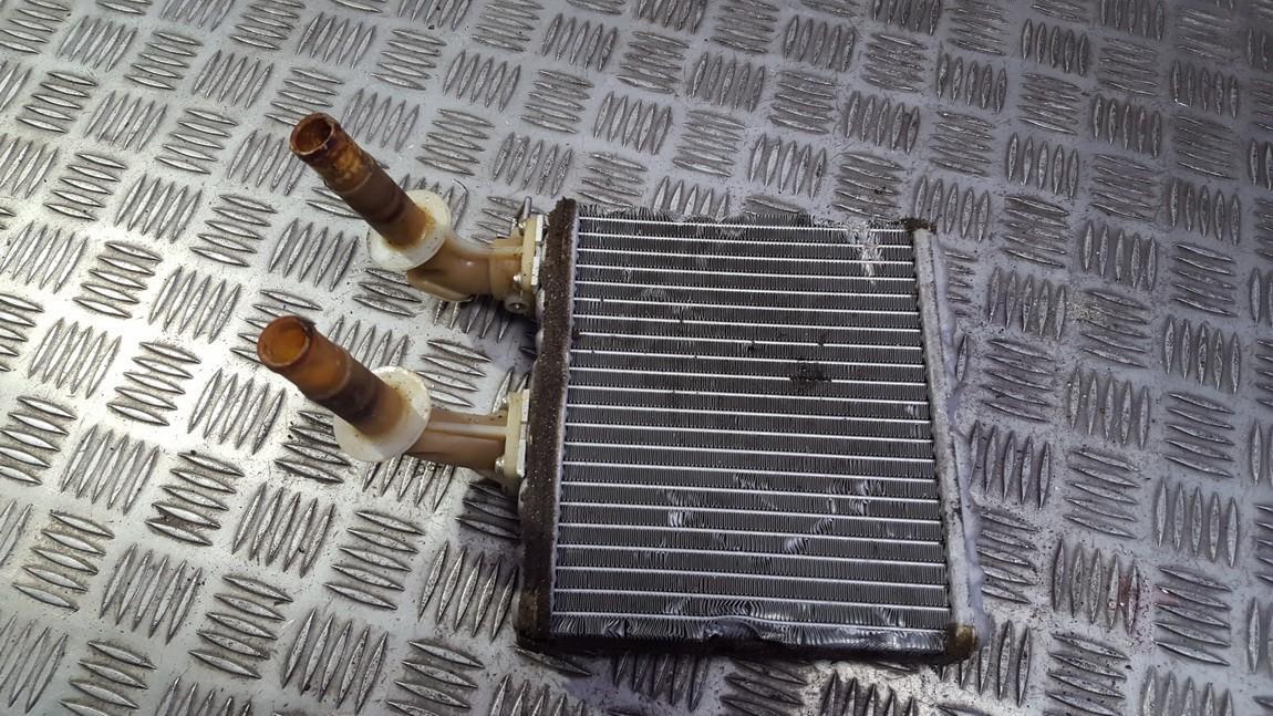 Salono peciuko radiatorius used used Nissan ALMERA 2000 2.2