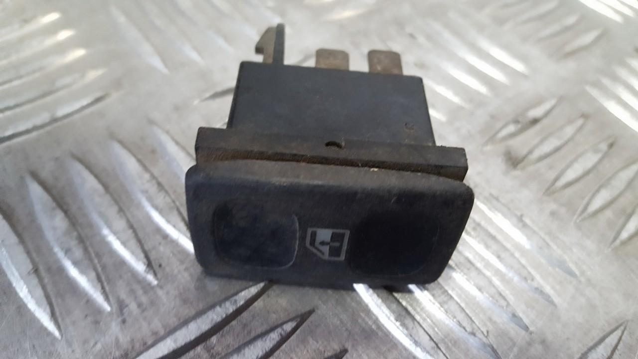 Stiklo valdymo mygtukas (lango pakeliko mygtukai) 191959855 used Volkswagen POLO 1993 1.0