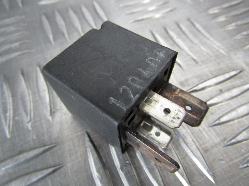 Rele 46520419 used Alfa-Romeo 147 2000 1.9
