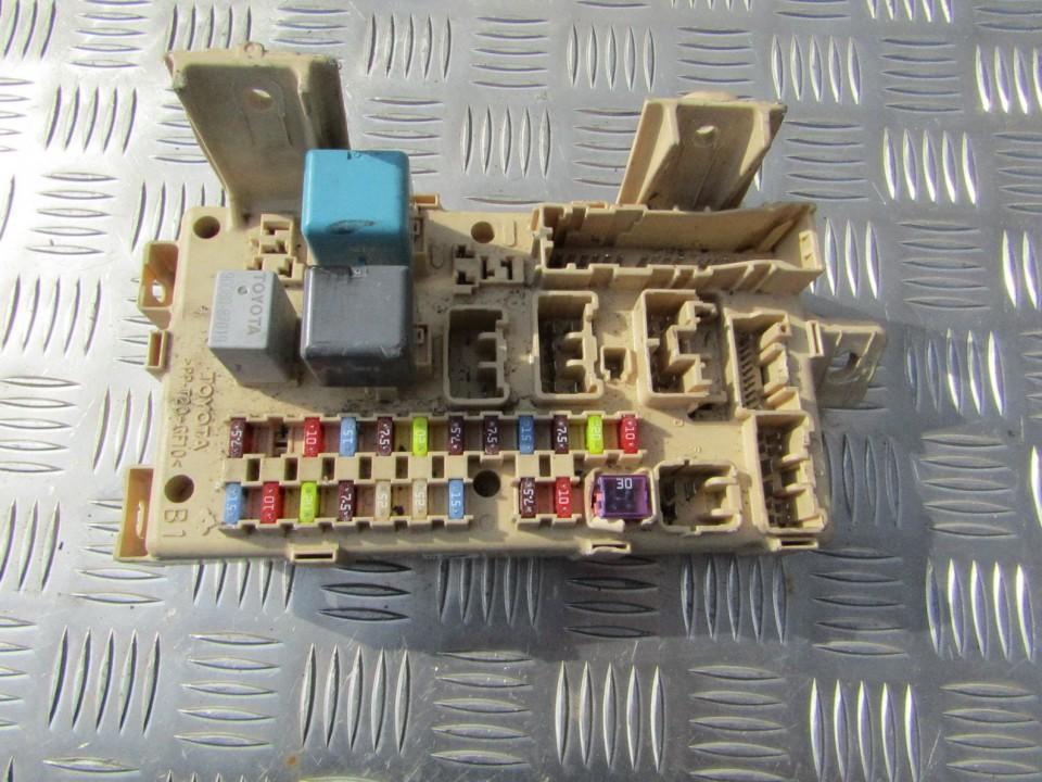 Saugikliu deze 892210F020 89221-0F020 Toyota COROLLA VERSO 2004 2.0