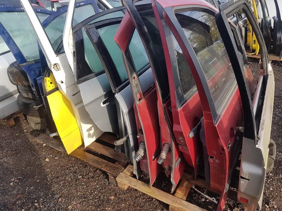 Автомобили Двери - передний правый raudonos used Volkswagen SHARAN 2003 1.9