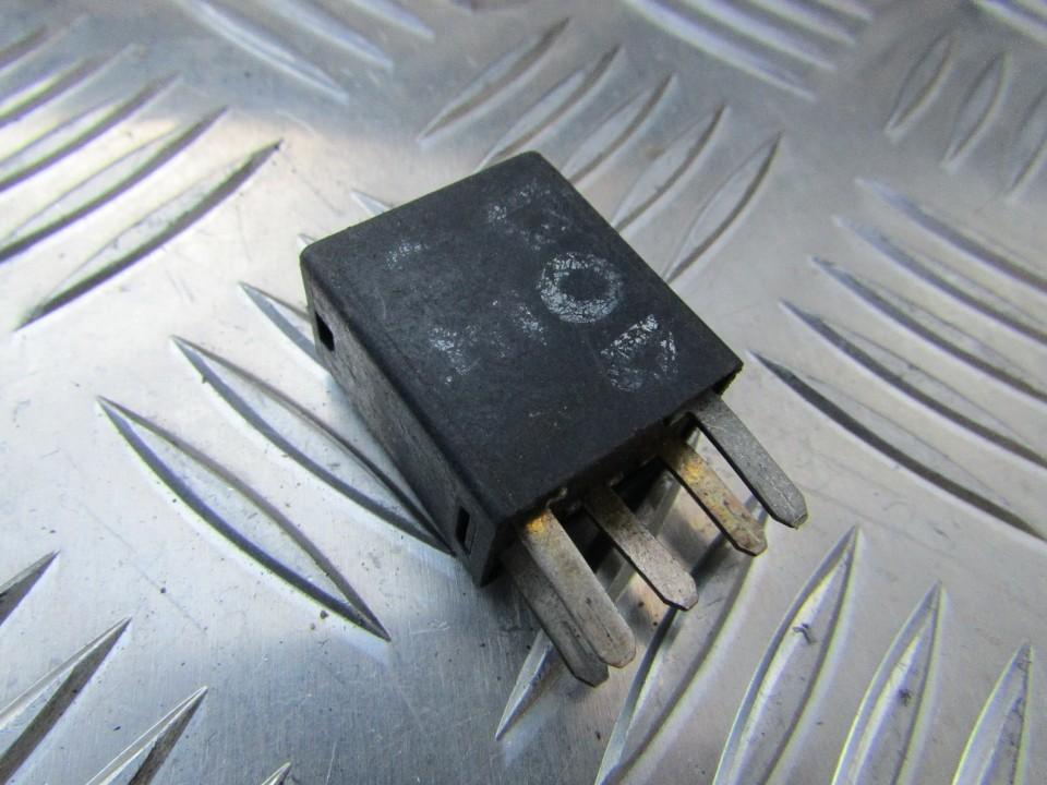 Rele 05269988AA USED Chrysler PT CRUISER 2005 1.6