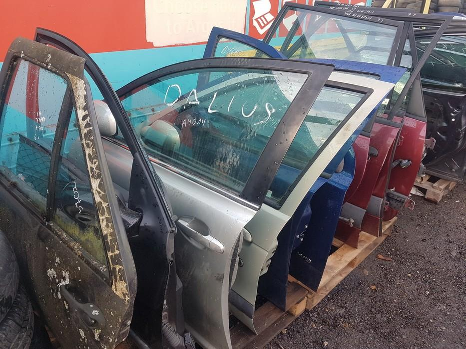 Durys P.K. sidabrines used Toyota AVENSIS 2011 2.0