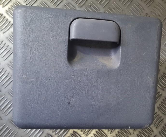 Glove Box Assembly 848233A100 84823-3A100 Hyundai TRAJET 2002 2.0