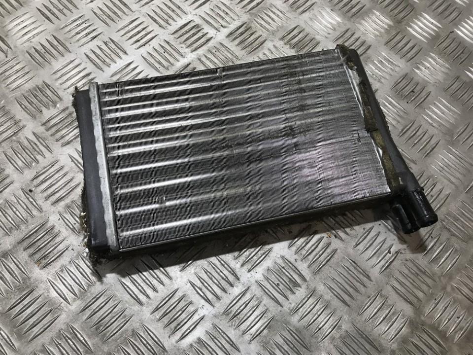 Salono peciuko radiatorius used used Audi 80 1993 1.9